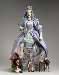 """Blue Fairy, by Nancy Wiley. Another """"doll as illustration"""". This time the characters are from Pinocchio. Bjd, Blue Fairy, Half Dolls, Paperclay, Pinocchio, Doll Maker, Madame Alexander, Fairy Dolls, Sculpture"""