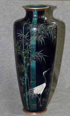 Fine Japanese Cloisonne Enamel Vase with Crane and Bamboo (item detailed views) Japanese Vase, Japanese Porcelain, Japanese Ceramics, Japanese Pottery, Japanese History, Japanese Beauty, Japanese Culture, History Of Ceramics, Glazes For Pottery