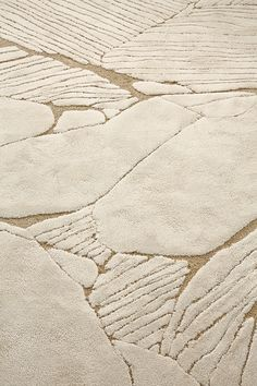 Noé Duchaufour-Lawrance x Tai Ping - Design Milk - Magic Carpet Carpet Diy, Dark Carpet, Shaw Carpet, Best Carpet, Rugs On Carpet, Neutral Carpet, Carpet Decor, Carpet Colors, Taiping