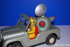 Bilderesultat for Daiya Japan Tin Toys, Vintage Toys, Japan, Antiques, Car, Antique Toys, Antiquities, Old Fashioned Toys, Antique