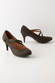 I'm normally too dorky for Anthropologie shoes, but these Lora Kitten Heels (not quite kitties, btw) $148 are just my kind of shoe