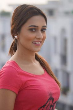 It is all about hot and sexy actresses, celebrities and models Beautiful Girl Indian, Most Beautiful Indian Actress, Beautiful Eyes, Indian Actress Photos, Indian Actresses, Beauty Full Girl, Beauty Women, Beauty Girls, India Beauty