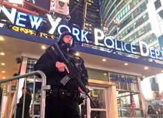 Las autoridades arrestaron a un expresidiario simpatizante del grupo terroristaISIS quepresuntamente planeabaatacar un bar estanoche en Rochester, al norte del estado de Nueva York,