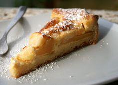 Per il mio gusto è tra le crostate di mele più buone, complice la caratteristica cremina slegata. L'originale prevede la pasta brisée, ma ...