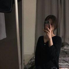 Ulzzang Girl Selca, Ulzzang Korean Girl, Korean Girl Photo, Korean Girl Fashion, Korean Aesthetic, Bad Girl Aesthetic, Girl Photo Poses, Girl Photography Poses, Girl Pictures