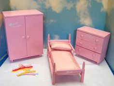 VINTAGE PINK WOOD GINNY BED, DRESSER & WARDROBE NICE! NR! #HousesFurniture