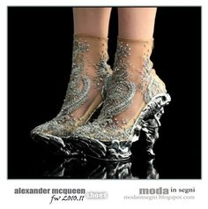 Alexander McQueen FW 2010.11 Shoes!