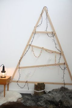 15 Creative Christmas Tree Ideas for Tiny Homes | Apartment Therapy