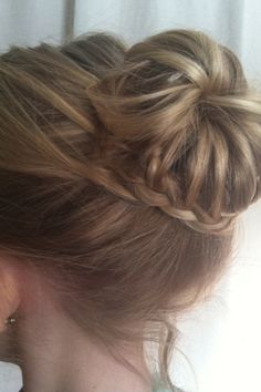 This is a fish tail braid my sister did. And I simply love it.