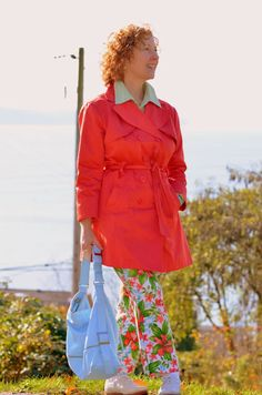#newyearstylechallengeDressing A favourite outfit of mine.  Love the mix of patterns, the bright colours, and the pop of blue with the bag!