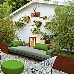 Small Zen Garden - with Garden Stagheads!