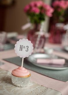 A Pink Train Birthday Party - The Sweetest Occasion   The Sweetest Occasion