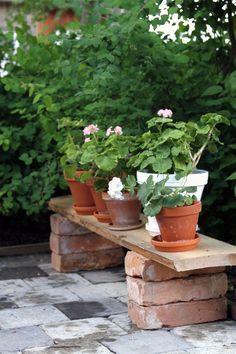 Diy Garden Decor, Garden Art, Garden Decorations, Balcony Decoration, Garden Kids, Easy Garden, Small Gardens, Outdoor Gardens, Stone Decoration