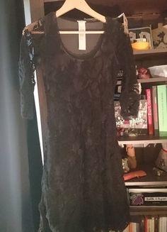 À vendre sur #vintedfrance ! http://www.vinted.fr/mode-femmes/robes-dentelle/22664864-robe-wolford-bouquet-dress-polyamide-38-noir