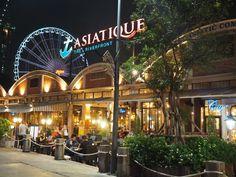 Asiatique night market Bangkok
