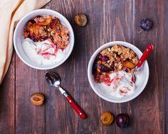 Baked Fruit with Frozen Yogurt – True Citrus Citrus Recipes, Tea Recipes, Crockpot Dishes, Crockpot Recipes, Food Charts, Crisp Recipe, How To Squeeze Lemons, Frozen Yogurt, Favorite Recipes