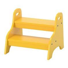 Pour accéder plus facilement à la terrasse ?  IKEA - TROGEN, Marchepied enfant, , Votre enfant peut l'utiliser comme repose-pieds, comme siège ou pour attraper ce qui est trop haut pour lui.Très stable, ne risque pas de basculer si un enfant monte dessus.Avec poignées pour faciliter le déplacement du repose-pieds par un enfant.