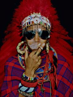 Check out the swagged out maasai wannabe.