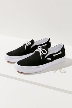 ff6d2259ab96a7 Slide View  1  Vans Lacey 72 Slip-on Sneaker Boat Shoes