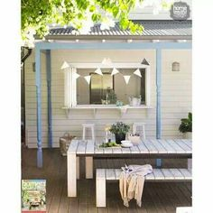 the ideal outdoor entertaining space. who agrees? Outdoor Dining, Outdoor Spaces, Indoor Outdoor, Outdoor Decor, Be Design, Design Styles, Design Ideas, Weatherboard House, Alfresco Area