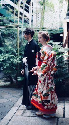 Japanese Wedding Kimono, Japanese Kimono, Ethnic Fashion, Kimono Fashion, Kimono Pattern, Traditional Wedding Dresses, Kyoto Japan, Yukata, Japan Fashion