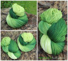Yummy!!  Merino High Twist Einfach Grün - 100g Wolle im Strang, handgefärbt - Unikat