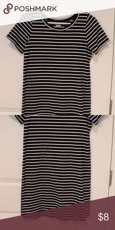 Dark navy/white striped tshirt dress -looser/baggy fit -very comfortable and casual! Hollister Dresses