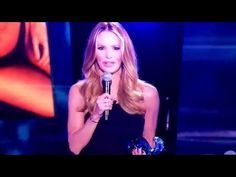 ELLE MACPHERSON 2016 SI SWIMSUIT JULIE CAMPBELL INAUGURAL AWARD PRESENTATION SPEECH - http://maxblog.com/14347/elle-macpherson-2016-si-swimsuit-julie-campbell-inaugural-award-presentation-speech/