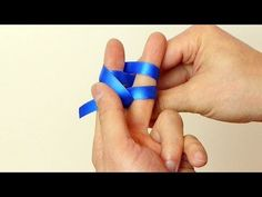 Use Your Fingers or a Fork - How to Make a Mini Bow - YouTube