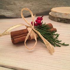 Pick 3 Vintage looking Cinnamon Stick Ornaments Natural Natural Christmas Ornaments, Vintage Christmas Crafts, Christmas Projects, Christmas Tree Decorations, Homemade Christmas, Christmas Diy, Xmas, Cinnamon Ornaments, Nutcracker Christmas