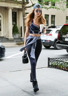 e402b9bc2e Image result for gigi hadid street Sexy Workout Clothes, Workout Outfits,  Celeb Style,