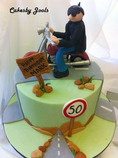 Another motorbike lover cake