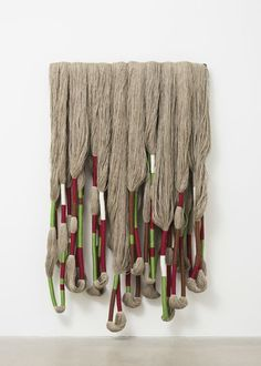 10 Textile Artists Who Are Pushing the Medium Forward Yale School Of Art, Sheila Hicks, Weaving Textiles, Macrame Art, Hand Tufted Rugs, Pattern And Decoration, Fabric Manipulation, Weaving Techniques, Textile Artists