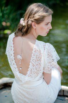 Inspirationssonntag: Charmante Brautkleider von therese und luise #wedding #lace #romantic Photo by Petra Hennemann