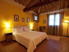Castello di Gabbiano, a special castle for your wedding in Tuscany.