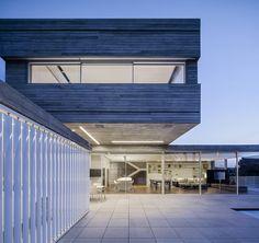 Dual House / Axelrod Architects + Pitsou Kedem Architects