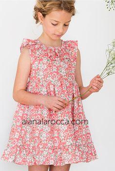 08f4065b0 Colección Primavera-Verano 19 en aianalarocca.com Este vestido de niña  estampado de flores