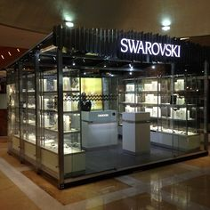 "Pop Up Shop Design / Retail Design / Semi Permanent Retail Fixtures / VM / Retail DisplaySwarovski ""Pop Up"" Store"