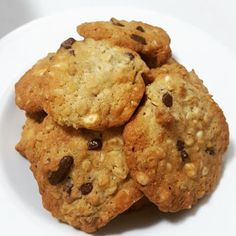 נפלאות הבישול: עוגיות גרנולה, שוקולד צ'יפס ואגוזי מלך