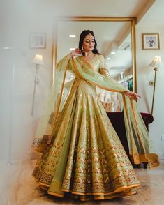 Fell in love with this dreamy outfit while playing dress-up at recently and I can't believe how so many of you replied to my… Indian Bridal Outfits, Pakistani Bridal Dresses, Indian Designer Outfits, Bridal Dress Indian, Bridal Anarkali Suits, Pakistani Suits, Bridal Lehenga, Indian Gowns, Indian Attire
