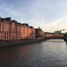Speicherstad in Hamburg - by Travellenineurope.com