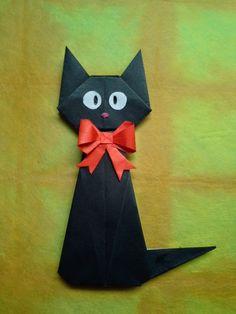 Origami Gigi the Black Cat - Folded by Tatiana Mayorova Folded by Gunoiejapan Origami Mouse, Origami Yoda, Origami Star Box, Origami Dragon, Origami Fish, Easy Origami, Origami Halloween, Halloween Art, Origami Cards