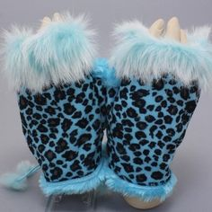 Blue Leopard Print Fur Trim Fingerless Thumb Hole Winter Gloves. Get the lowest price on Blue Leopard Print Fur Trim Fingerless Thumb Hole Winter Gloves and other fabulous designer clothing and accessories! Shop Tradesy now