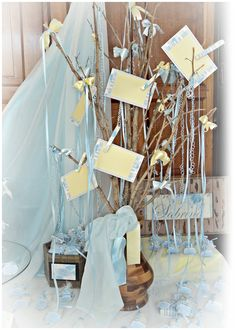 Baby sock money tree party ideas pinterest money trees baby shower gift card tree negle Gallery