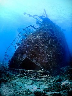 Egypt...sunken ship - could there be ghosts there?
