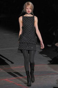 Défile Givenchy Prêt-à-porter Automne-hiver 2010-2011 - Look 45