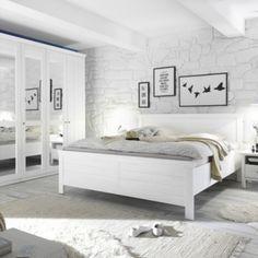 Pěkný ložnicový nábytek v imitaci Pinie Anderson Jednotlivé elementy - šatní skříň, postel, noční stolky i komoda jsou samostatně prodejné. Dveře i zásuvky opatřeny SOFT-CLOSE mechanismem. V nabídce 5-ti a 4-dveřová šatní skříň a 2 velikosti postelí. Mattress, Bed, Furniture, Home Decor, Rustic Bed, Country Dresses, House Styles, Cottage Chic, Decoration Home