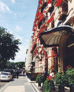 """352 Me gusta, 12 comentarios - Mariana Carletti Fotografa (@marianacarletti) en Instagram: """"Un recuerdo de París . En menos de 40 días nos vamos hacia una nueva aventura con @elisachapado .…"""""""