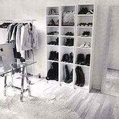 New Ideas Apartment Goals Closet Space Room Closet, Closet Space, Apartment Goals, Room Goals, Aesthetic Rooms, Closet Designs, Beauty Room, My New Room, House Rooms