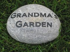 Custom Engraved Garden Stone For Mom and Grandmom Mother's Day Gifts 6-7 Inch Garden Stone